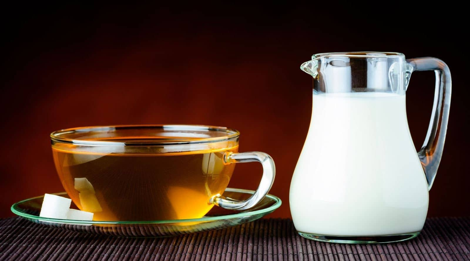 what kind of milk is better for tea?