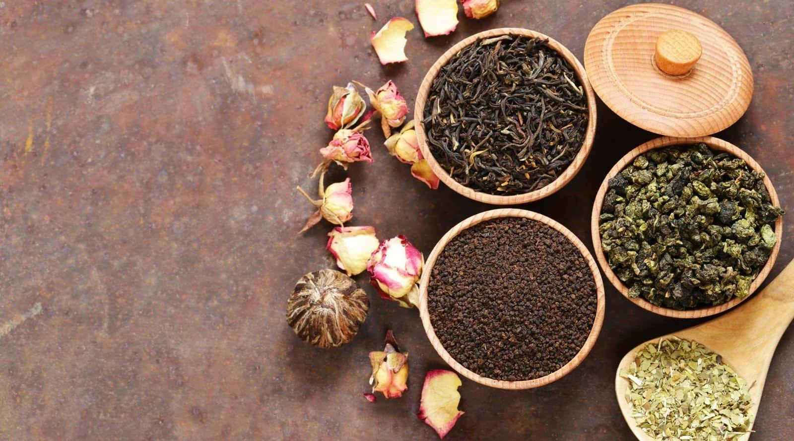 how to store loose leaf tea properly?